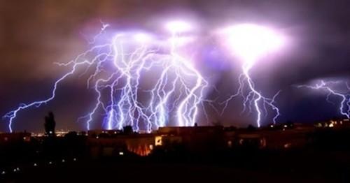 Kinh ngạc với những hiện tượng thiên nhiên kỳ lạ - anh 3