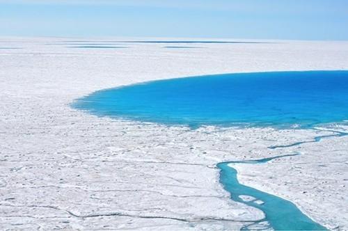 Giải mã hiện tượng hồ lớn đột nhiên biến mất trong vài giờ - anh 1