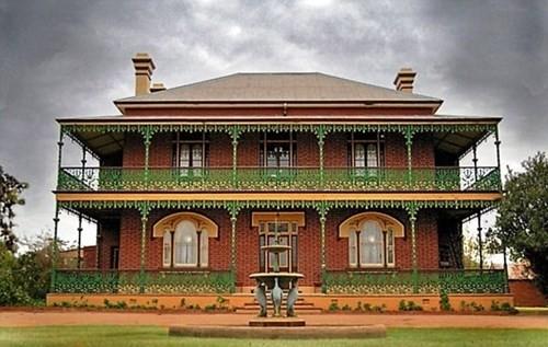Giải mã ngôi nhà ma ám nổi tiếng nước Úc qua lời kể chủ nhân - anh 1