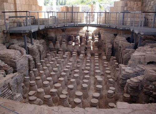 Bí mật động trời về 100 ngôi mộ cổ trẻ sơ sinh La mã - anh 2