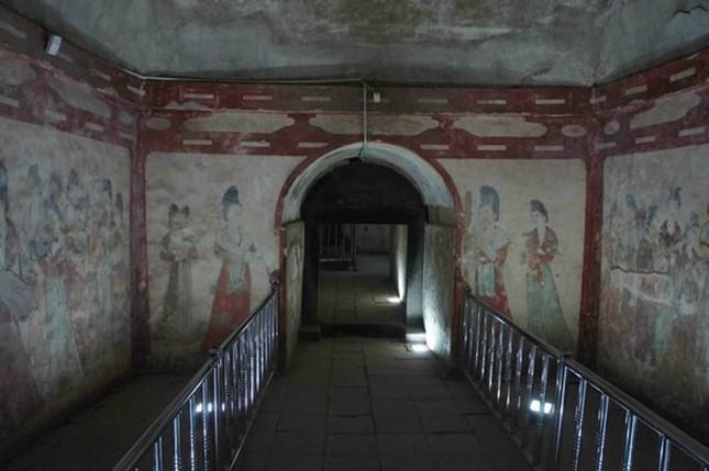 Thực hư 800 tấn kho báu trong lăng mộ nữ hoàng Võ Tắc Thiên - anh 30
