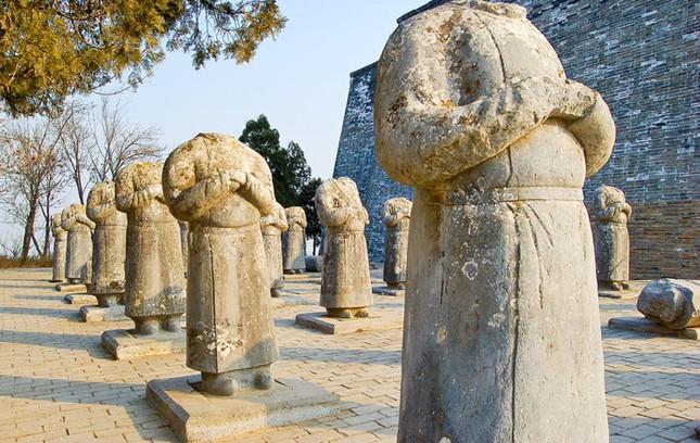 Thực hư 800 tấn kho báu trong lăng mộ nữ hoàng Võ Tắc Thiên - anh 5