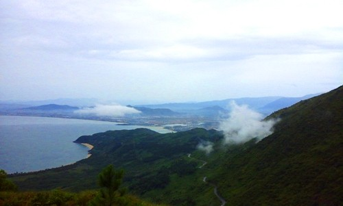 Hải Vân đèo - Trải nghiệm giao thoa của núi rừng và biển cả - anh 9