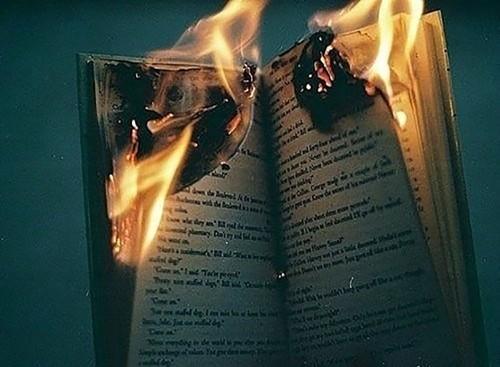 5 vật dụng không nên đốt nhằm tránh vận xui bất ngờ - anh 2