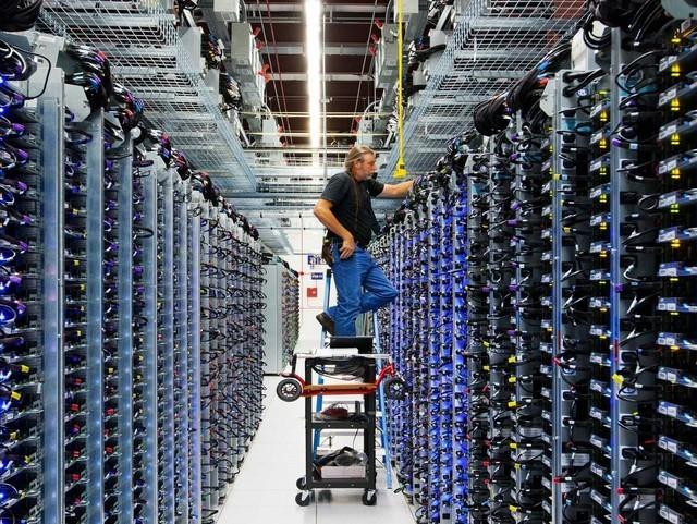 Khám phá bên trong trung tâm dữ liệu khủng lồ của google - anh 17