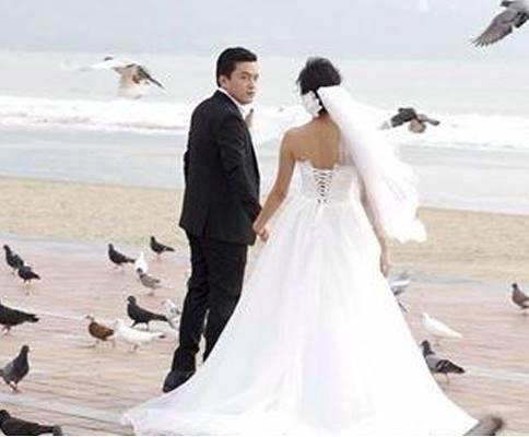 """Bản tin """"Nhịp đập showbiz"""": Lam Trường rục rịch cưới vợ, Trác Thúy Miêu chưa học hết PTTH - anh 4"""