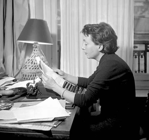 Marguerite Duras và 10 năm hạnh phúc sôi động nhất - anh 1