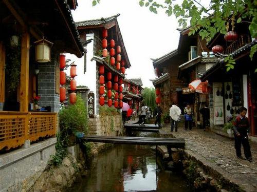 Khám phá vẻ đẹp thâm trầm của những thành phố cổ Unesco vinh danh - anh 3