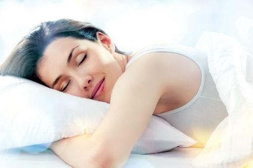 8 lưu ý phong thủy trong phòng ngủ giúp bạn ngủ ngon - anh 2