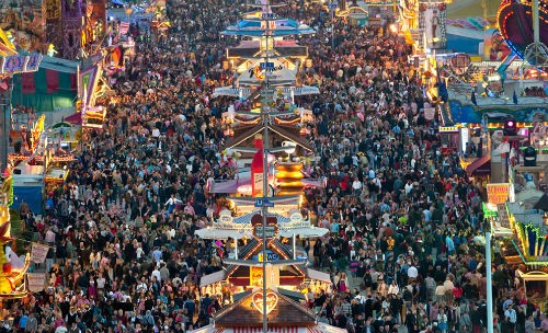 Những lễ hội tháng 10 không thể bỏ qua trên thế giới - anh 3