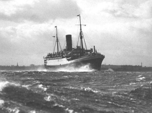 Những thảm họa chìm tàu nhiều người chết nhất lịch sử hàng hải thế giới - anh 4