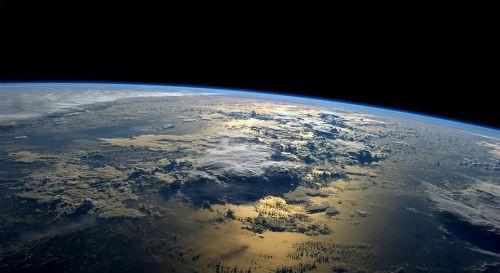 Khám phá bí mật cuộc sống của phi hành gia trong vũ trụ - anh 9