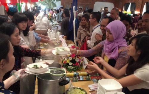 """Ẩm thực Việt """"khoe hương sắc"""" trong ngày Asean Food tại Ai Cập - anh 6"""