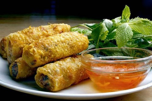 """Ẩm thực Việt """"khoe hương sắc"""" trong ngày Asean Food tại Ai Cập - anh 5"""