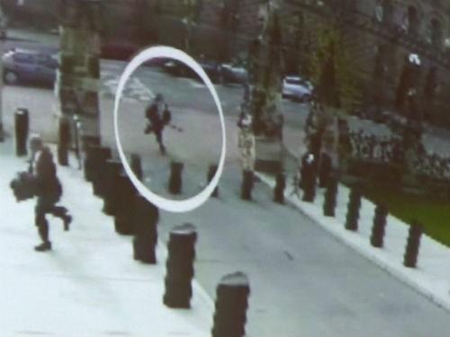 Mỹ thắt chặt an ninh chống khủng bố toàn liên bang sau vụ tấn công Canada - anh 5