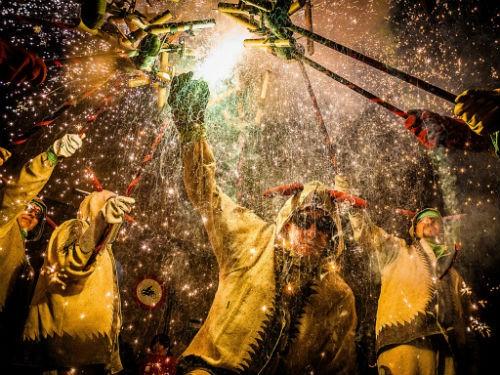 Chùm ảnh: Những bức ảnh tuyệt đẹp của National Geographic - anh 2