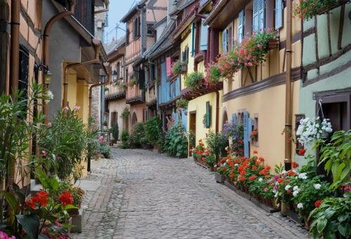 Những ngôi làng hấp dẫn đến mê hoặc nhất trên thế giới - anh 3
