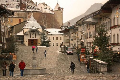 Những ngôi làng hấp dẫn đến mê hoặc nhất trên thế giới - anh 5