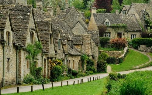 Những ngôi làng hấp dẫn đến mê hoặc nhất trên thế giới - anh 9