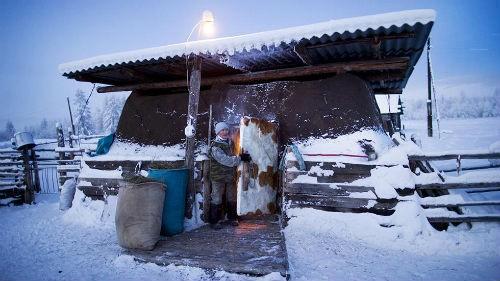 Chùm ảnh: Cuộc sống của người dân ở ngôi làng lạnh nhất thế giới Oymyakon - anh 8
