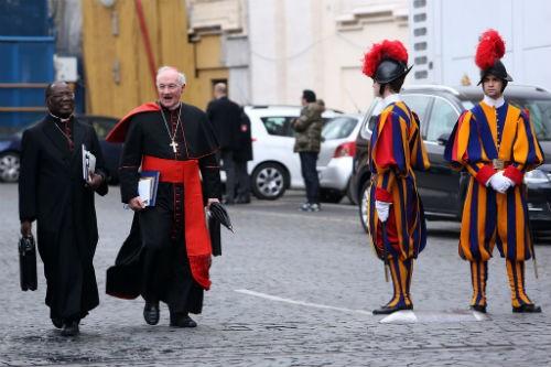 Khám phá nét bí ẩn đầy hấp dẫn của tòa thánh Vatican - anh 5
