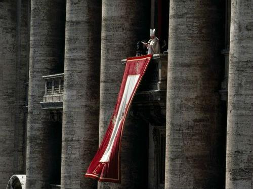 Khám phá nét bí ẩn đầy hấp dẫn của tòa thánh Vatican - anh 9