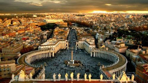 Khám phá nét bí ẩn đầy hấp dẫn của tòa thánh Vatican - anh 1