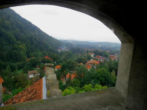 Khám phá bí mật bên trong tòa lâu đài Bá tước Dracula - anh 25