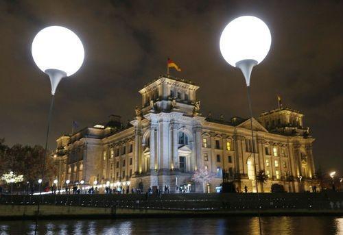 Thủ đô Đức lấp lánh sau 25 năm ngày 'Bức tường Berlin' sụp đổ - anh 6