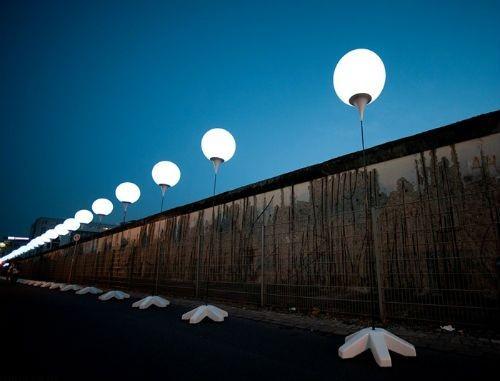Thủ đô Đức lấp lánh sau 25 năm ngày 'Bức tường Berlin' sụp đổ - anh 10