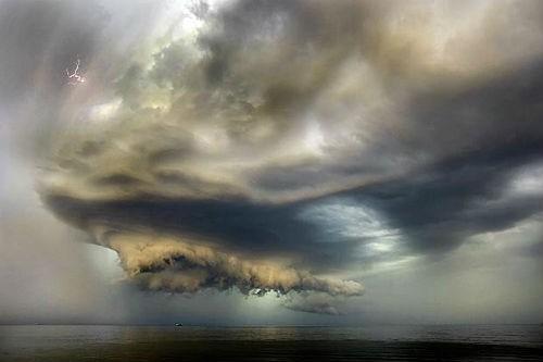 Những 'nghĩa địa' biển kinh hoàng nhất trên thế giới - anh 14