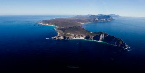 Những 'nghĩa địa' biển kinh hoàng nhất trên thế giới - anh 4