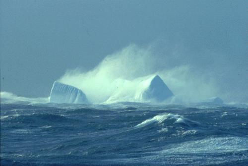 Những 'nghĩa địa' biển kinh hoàng nhất trên thế giới - anh 12