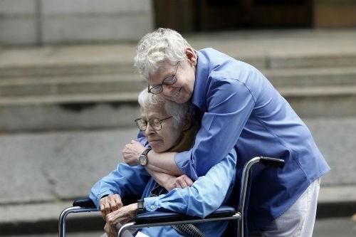 Những bức ảnh có sức lay động lòng người nhất trên thế giới - anh 19