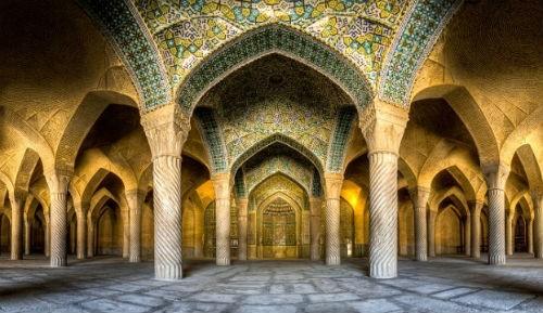 Tuyệt phẩm đẹp ngỡ ngàng bên trong nhà thờ Hồi giáo trên thế giới - anh 14
