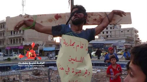 Cuộc sống 'địa ngục' của các tay súng từng phục vụ cho khủng bố IS - anh 4
