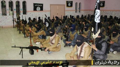 IS nắm giữ 46 trại huấn luyện khủng bố và sự bất an của phương Tây - anh 3