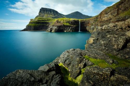 Khám phá vẻ đẹp nguyên sơ của ngọc đảo Faroe qua những trải nghiệm kỳ thú - anh 1