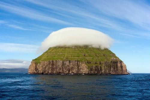 Khám phá vẻ đẹp nguyên sơ của ngọc đảo Faroe qua những trải nghiệm kỳ thú - anh 4