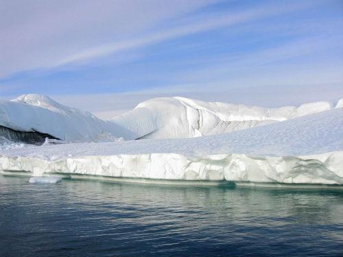 Khám phá vẻ đẹp hút hồn của vịnh băng Ilulissat - anh 1
