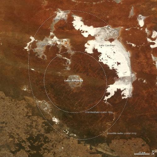 10 hố thiên thạch 'đại khổng lồ' trên Trái đất - anh 7