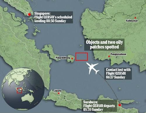 Thông tin mới nhất về Vụ máy bay AirAsia QZ8501 mất tích: Tìm thấy manh mối vật thể lạ và 2 vết dầu loang - anh 1