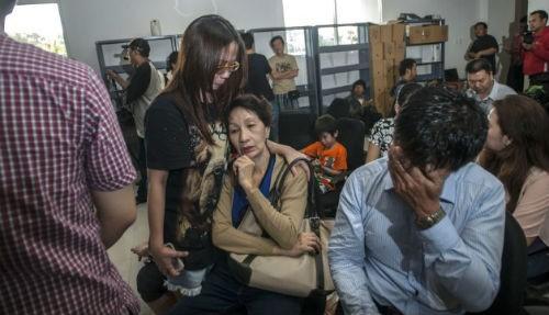 Tin mới nhất vụ máy bay AirAsia QZ8501 mất tích: Có khả năng máy bay đã rơi xuống đáy biển - anh 2