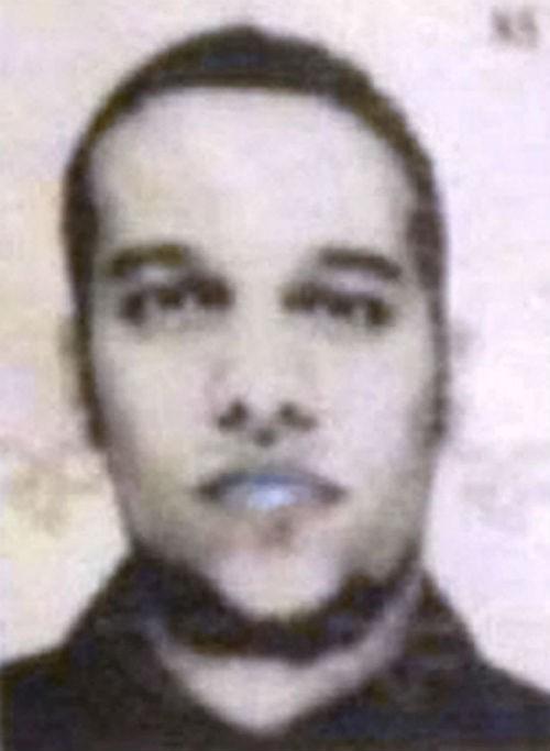 Tin mới nhất về Vụ xả súng tại Pháp: 1 kẻ tấn công đã ra đầu thú - anh 5