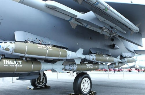 Mỹ đập tan chiến thuật mới của IS bằng loạt bom thông minh nhiều chưa từng thấy - anh 2