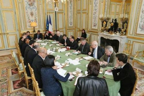 Toàn châu Âu nâng cảnh báo an ninh khủng bố mức cao nhất - anh 3