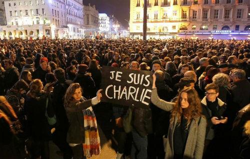 Vụ xả súng tại Pháp: Cái kết xứng đáng cho những kẻ khủng bố liều mạng - anh 4