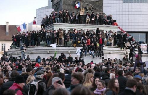 44 nhà lãnh đạo cấp cao về Paris tưởng niệm nạn nhân vụ xả súng tại Pháp - anh 4