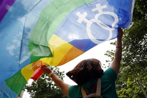 Hiến pháp mới của Thái Lan công nhận giới tính thứ 3 - anh 1