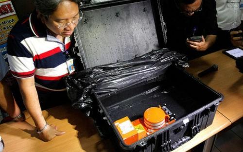Kết quả phân tích hộp đen AirAsia QZ8501: Không có dấu hiệu không tặc hay phi công tự sát - anh 2